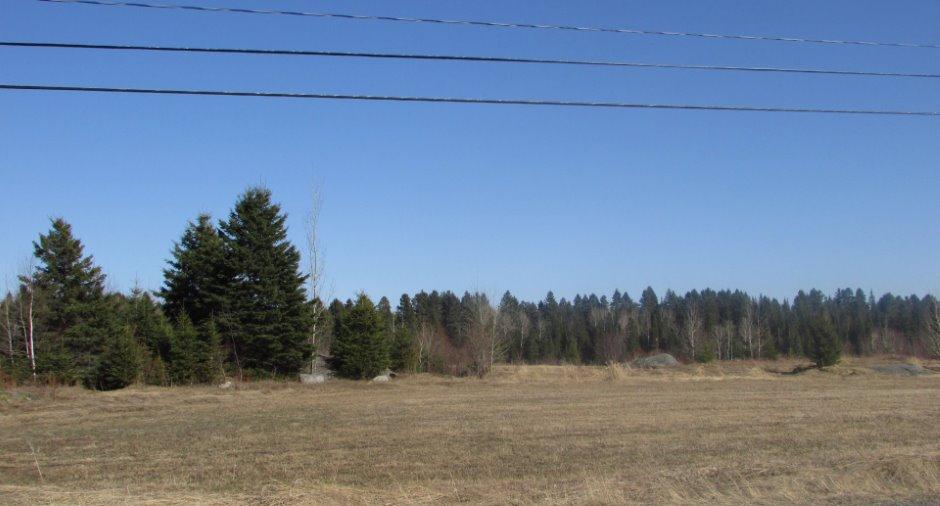 Terrain vacant à vendre à Saint-Charles-de-Bourget - 70 Route du Village - Terre/Terrain